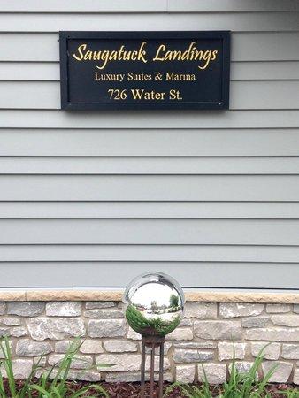 Saugatuck Landings Luxury Suites & Marina: Welcome:)