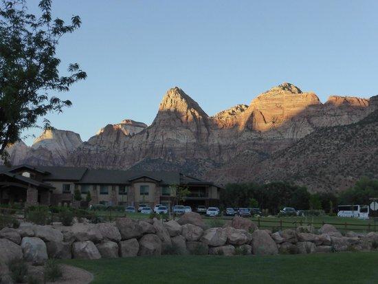 Hampton Inn & Suites Springdale Zion National Park : Hotel from the adjacent property