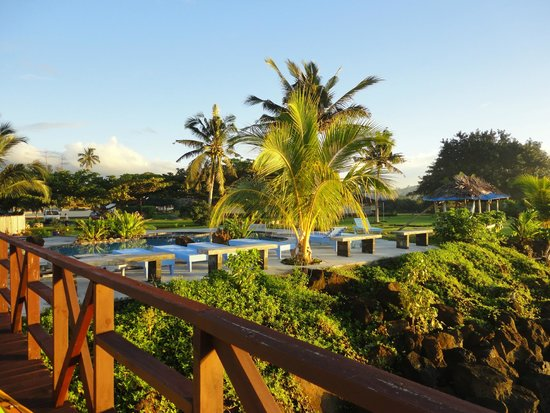 The Savaiian Hotel: Pool and view