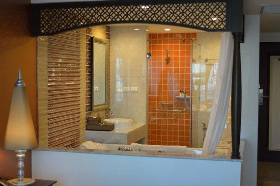Chillax Resort: Guest Room