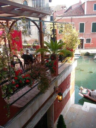 Hotel Dalla Mora: Hermosa vista!