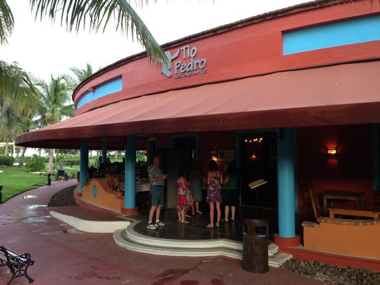 Catalonia Playa Maroma : the restaurant building where the Steak, Italian and Mexican are located