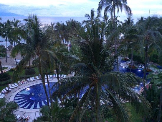 Club Regina Puerto Vallarta: View from 6th floor, room 680