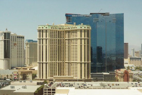 MGM Grand Hotel and Casino : view from the 21-213