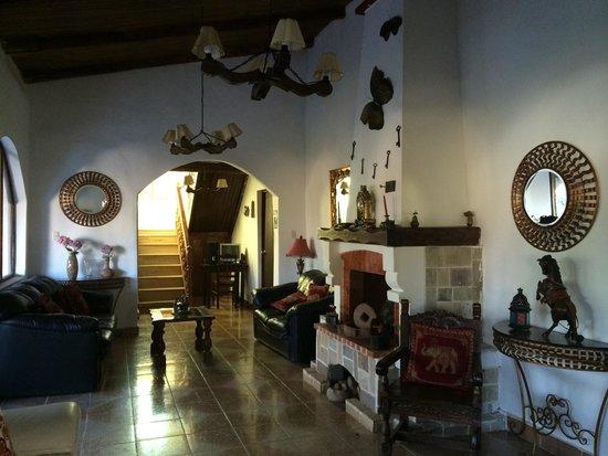 Villa de Paris: Living room in one of the villas
