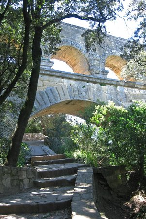 Pont du Gard : The steps up to a viewpoint on the Right Bank
