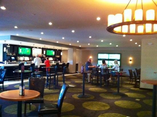 Tan-Tar-A Resort, Golf Club, Marina & Indoor Waterpark: new lobby bar