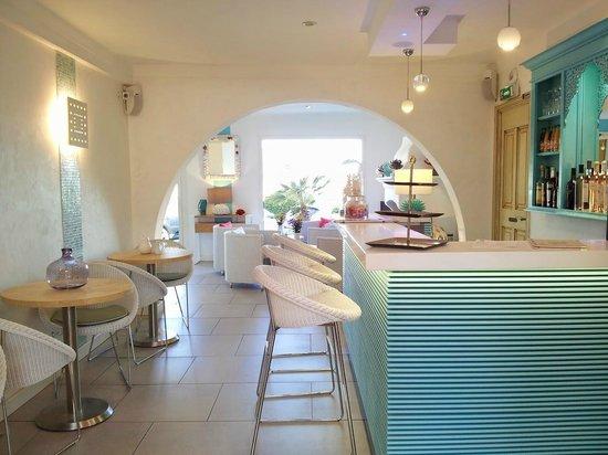 Hotel Le Mouillage : Bar/Lounge