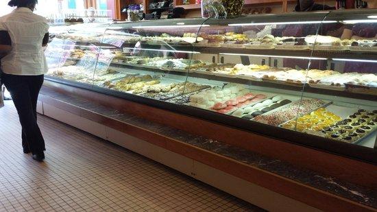 Astoria Pastry Shop : So many choices!