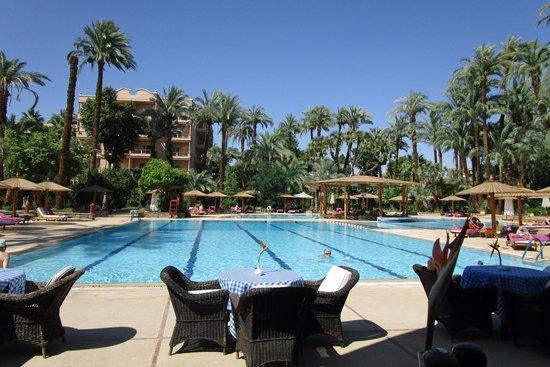 Pavillon Winter Luxor: View from pool bar/restaurant