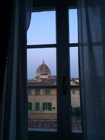 Hotel Loggiato dei Serviti : view from Room 30