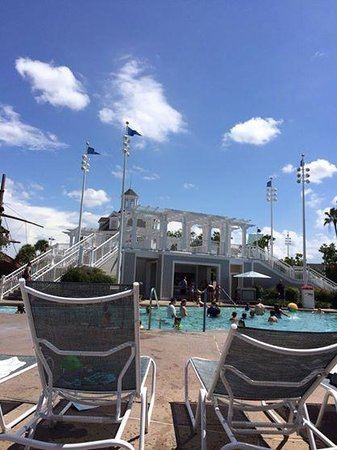 Disney's Yacht Club Resort: Pool