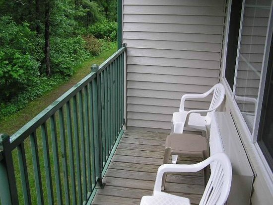 Baymont Inn & Suites Baxter/Brainerd Area: Outside balcony