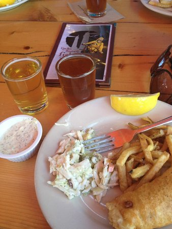Cape Ann Foodie Tours: Wonderful Fish & Chips and home brew samples!
