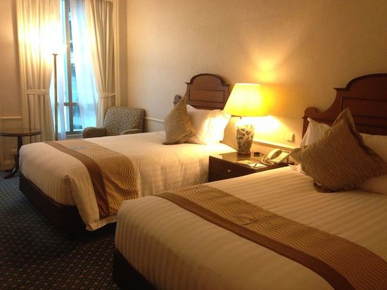 InterContinental Singapore: Twin beds/American full-size beds