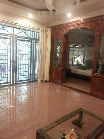 The Pavilion : Inside the Executive Suite
