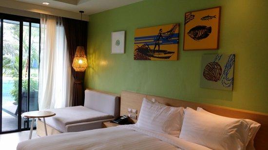 Holiday Inn Resort Krabi Ao Nang Beach: Room view out