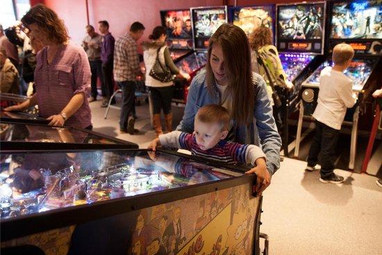 Modern Pinball NYC: Everyone can play