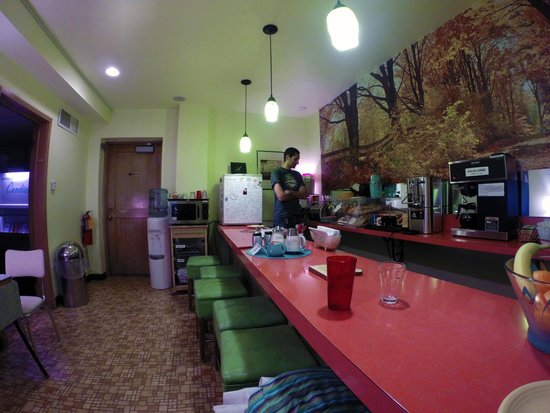 Holiday Music Motel: Breakfast, Serve-Yourself Counter