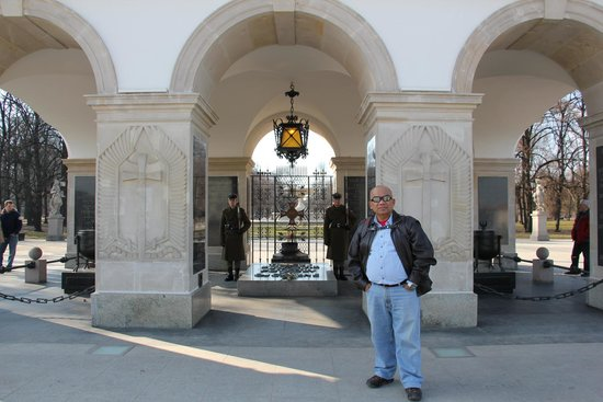 Old Town: Tomb of the Unknown Soldiers