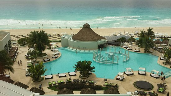 ME Cancun : Looks just like the pictures on their website!