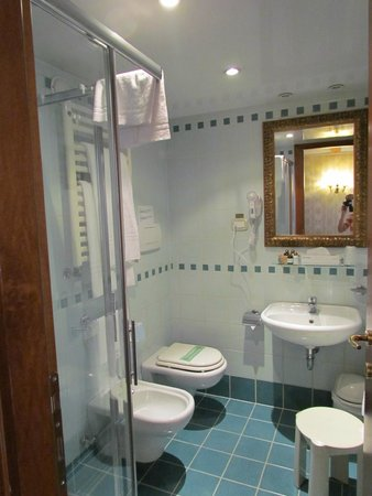 Locanda La Corte : Bathroom - room 102