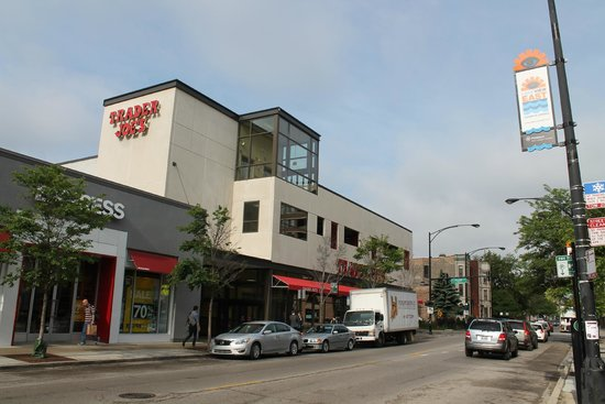 Hotel Versey - Days Inn Chicago: Safe neighborhood