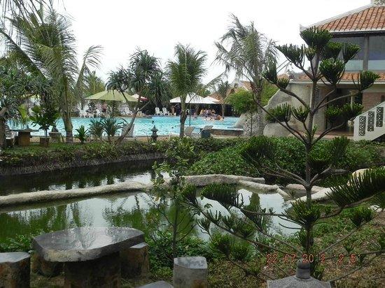 Fengshui Resort & Spa: территория отеля