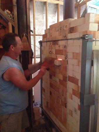 Turning Wheel Pottery : Bruce showing us the kiln!