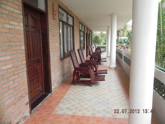 Fengshui Resort & Spa: балкон один на четыре номера, но как правило мы всегда занимали его одни