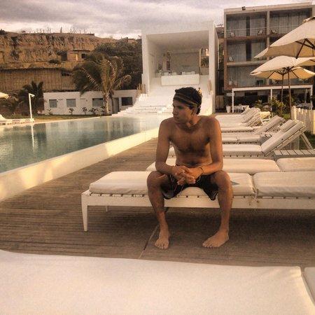 Mancora Marina Hotel : Excelente Hotel... La piscina infinity es espectacular, la vista al mar lejos del ruido y a la v