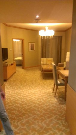 TIME Ruby Hotel Apartments: Гостинная
