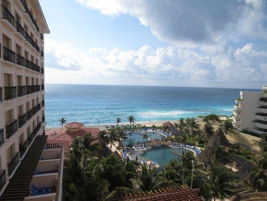 GR Solaris Cancun: Ocean view room