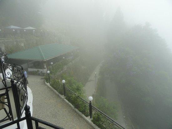 Mussoorie Gateway: Dehradun Mussoorie Road