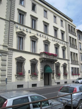 Plaza Lucchesi Hotel: Hotel