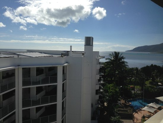 DoubleTree by Hilton Hotel Cairns : A view from the room - ocean (right)