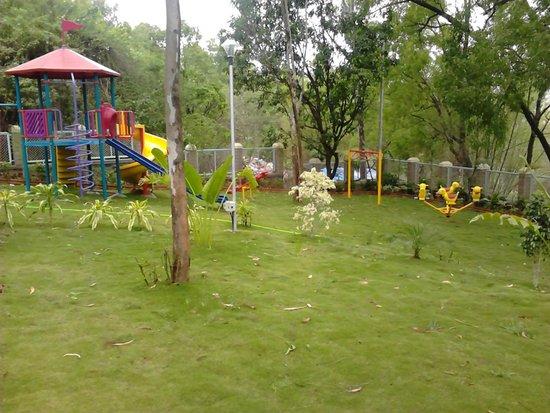 MTDC Resort, Panshet: children play area and garden