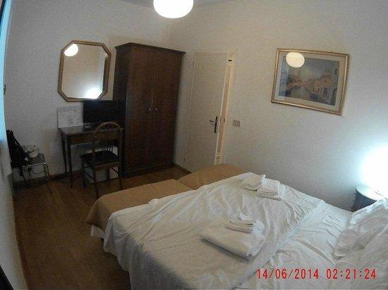 Trieste Hotel: Room from the main door