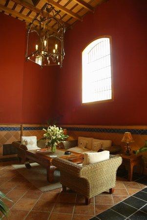 Bodega Real Hotel: HALL