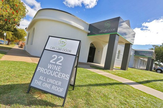 Mildura, Australien: 22 Wine Producers all under one roof in the heart of the city