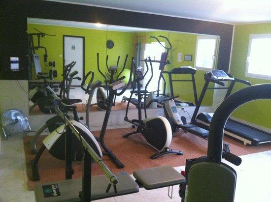 Ibis Orange Sud : Salle de remise en forme