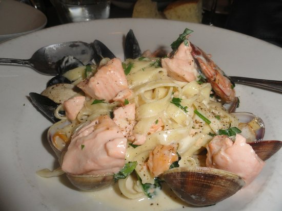 Pescatore: seafood delight 2