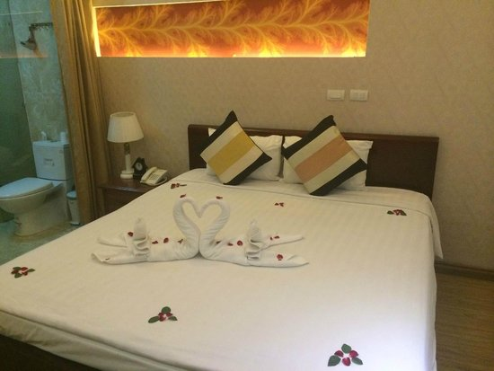 Splendid Star Suite Hotel: Hospitalithy for Guests