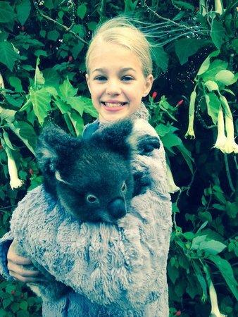 Kangaroo Island Wildlife Park: Holding Chloe