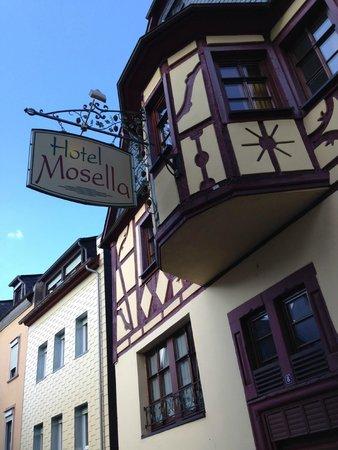 Hotel Mosella : Ansicht Haupteingang