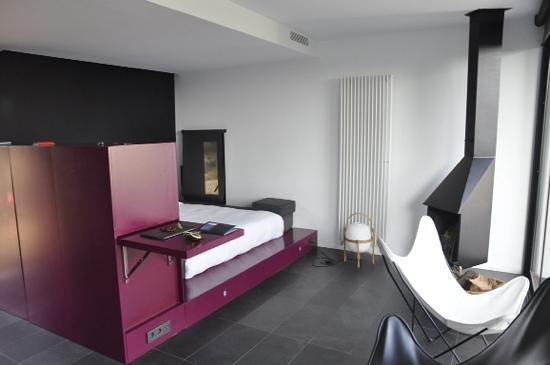 Hotel Consolacion : cube room