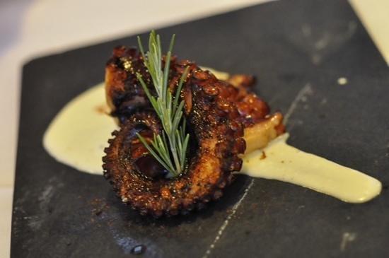 Hotel Consolacion: grilled octopus at Consolacion