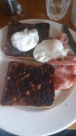 Premier Inn Caernarfon Hotel: My toast that took 15 minutes to incinerate in the kitchen.