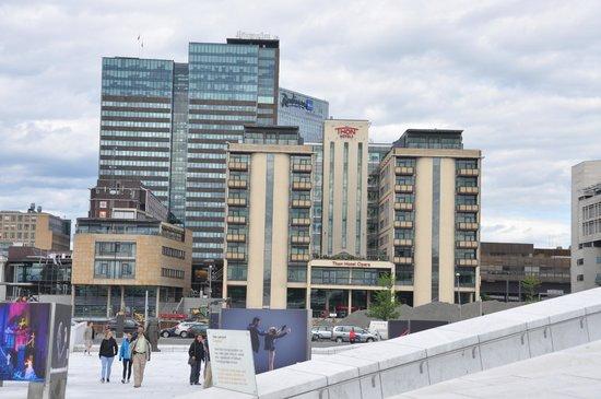 Thon Hotel Opera : Vista del hotel