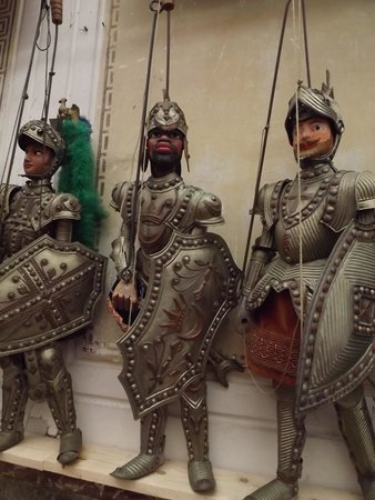 Il Museo internazionale delle marionette : Pupi siciliani